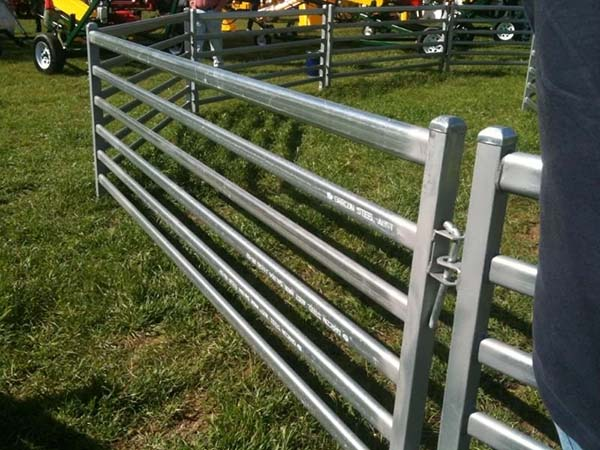 Australia standard portable sheep fence panels